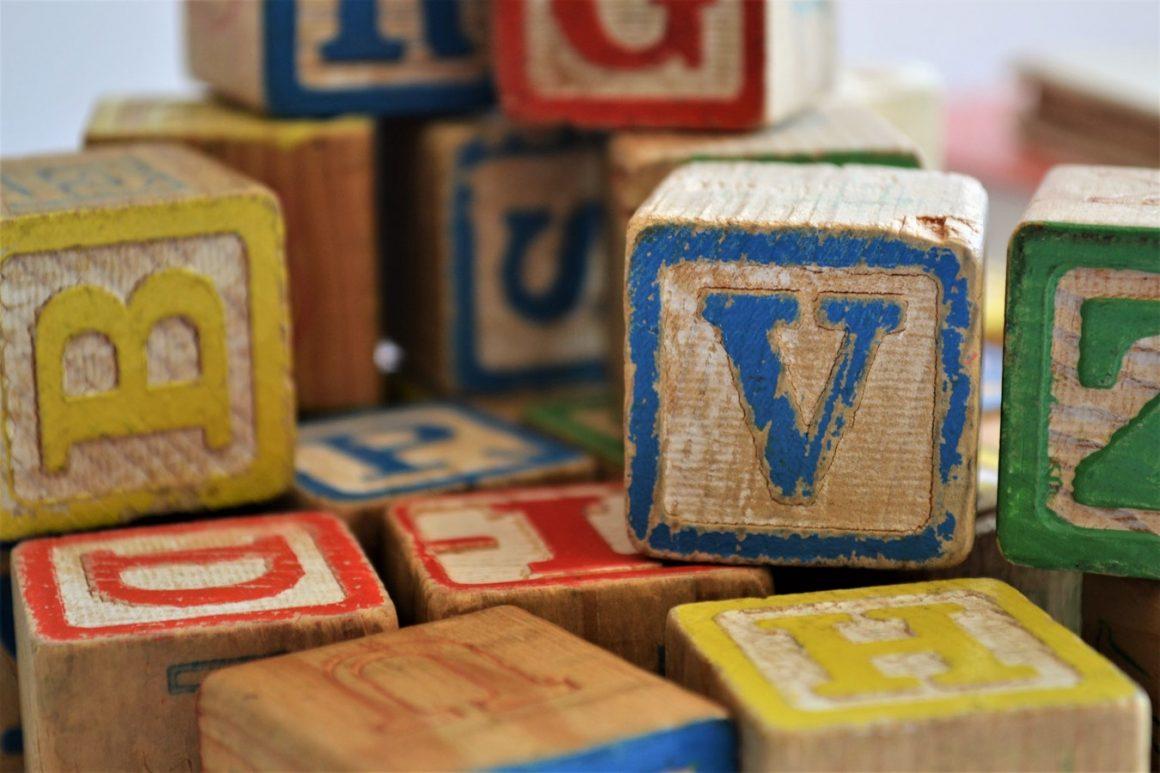 À quelle fréquence faut-il nettoyer les jouets de bébé ? – Comment nettoyer (efficacement) les jouets de bébé ?