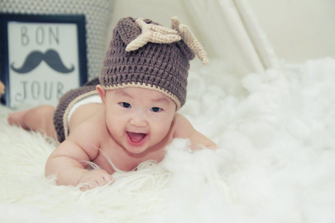 Bébé ne boit que du lait. Que faire ! – Bébé ne mange pas ? (Ce qu'il faut faire)