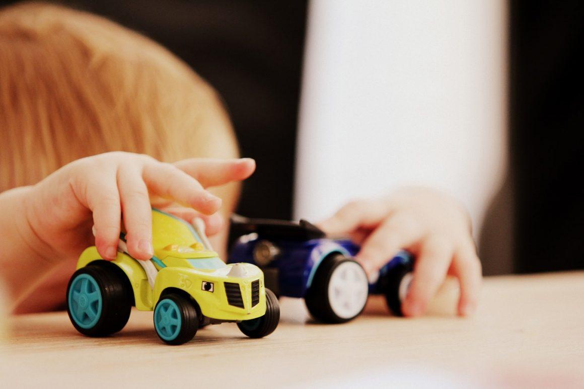 Comment nettoyer les jouets de bébé en caoutchouc et en plastique – Comment nettoyer (efficacement) les jouets de bébé ?