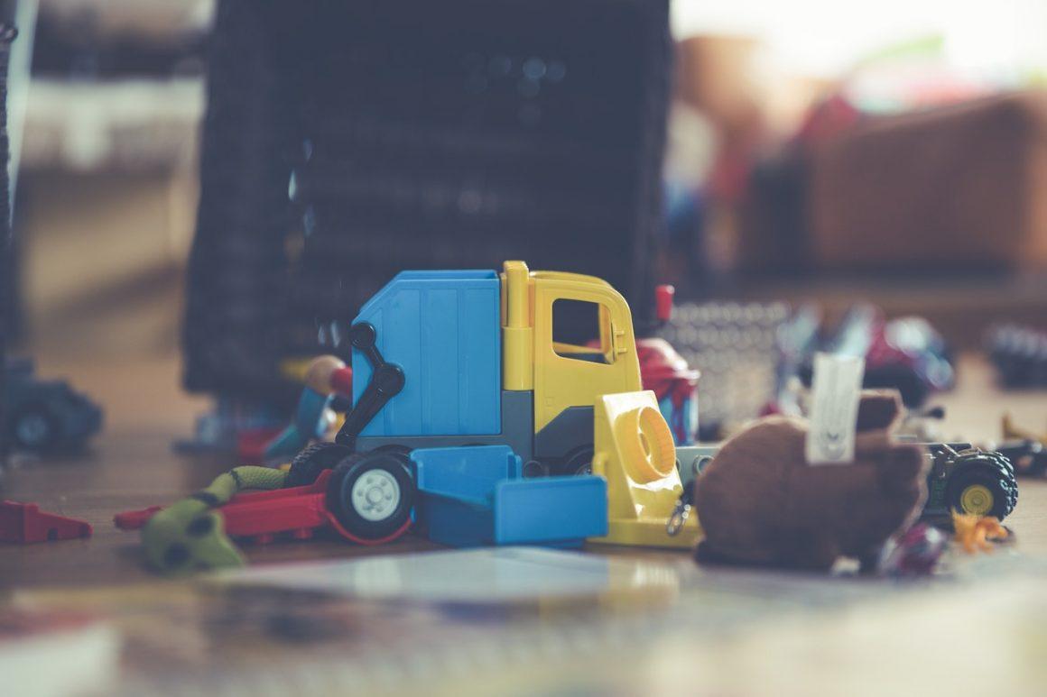 Comment nettoyer les jouets en bois pour bébé (cubes, puzzles, etc.) – Comment nettoyer (efficacement) les jouets de bébé ?